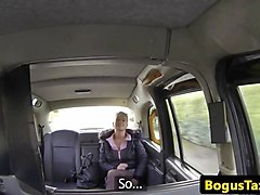 big ass amateur girl sex with her taxi driver