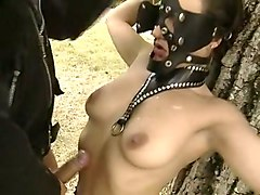 cute brunette babe who really prefers bdsm outdoors